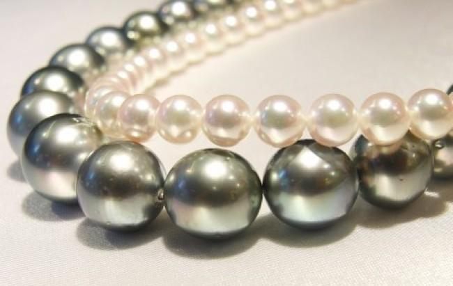 Perlenkette, Akoyazuchtperlenschnur, Perle aus Tahiti